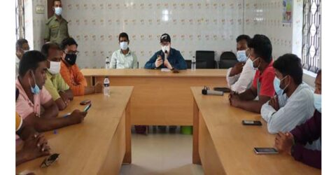 তালা প্রেসক্লাবে সাংবাদিকদের সাথে উপজেলা প্রশাসনের মতবিনিময়